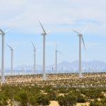 ロサンゼルス郊外にある、壮大な風力発電所がすごい!