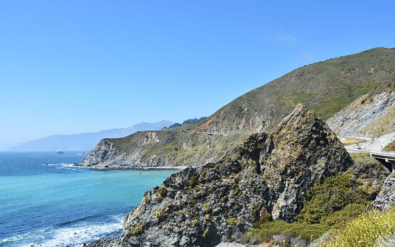 カリフォルニア州ハイウェイ1号線を絶景ドライブ旅